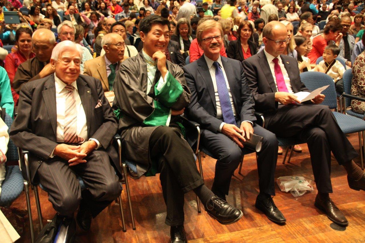 13.07.2015 Dalai Lama Jahrhunderthalle 116